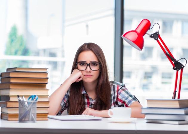 Η δύσκολη ώρα των Πανελλαδικών εξετάσεων: Πώς θα βοηθήσεις το παιδί σου