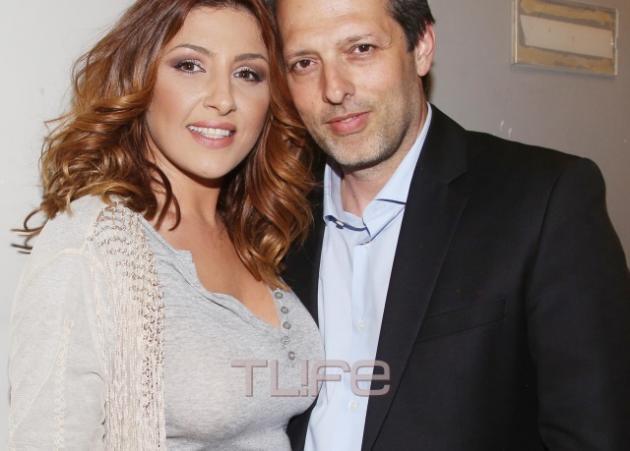 Έλενα Παπαρίζου: Την απόλαυσε ο σύζυγός της σε συναυλία που έδωσε για καλό σκοπό!   tlife.gr