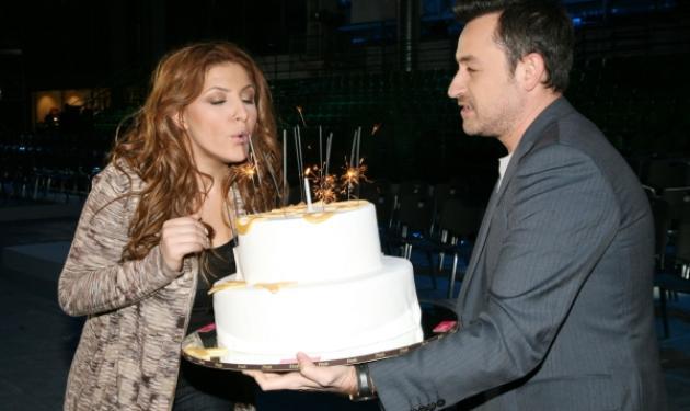 Το πάρτι – έκπληξη  για τα γενέθλια της Έλενας Παπαρίζου! | tlife.gr