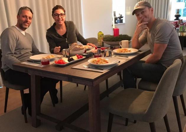 Έλενα Παπαρίζου – Ανδρέας Καψάλης: Τα Χριστούγεννα στη Σουηδία και η επιστροφή για το «The Voice» | tlife.gr
