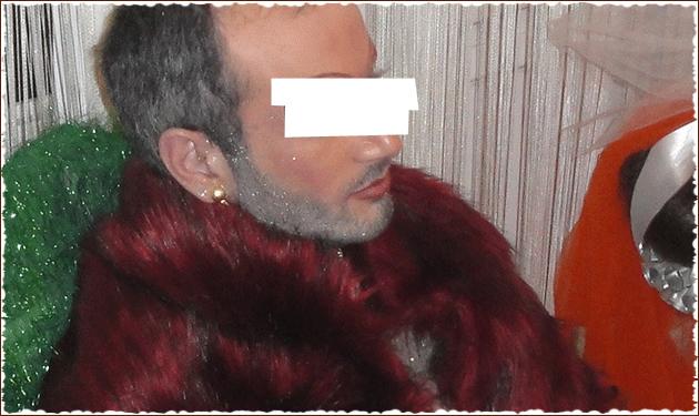O κληρικός που πόζαρε με γούνες  σκουλαρίκια αποκαλύπτει την αλήθεια! Τι λέει η εκκλησία