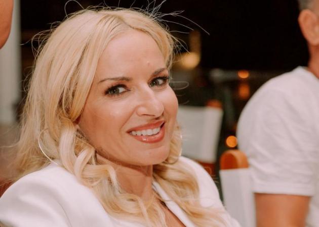 Οι celebrities ντύθηκαν στα λευκά για το White Party της χρονιάς! [Pics]