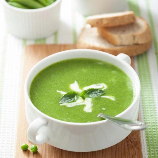 Σούπα με αρακά και κάρδαμο | tlife.gr