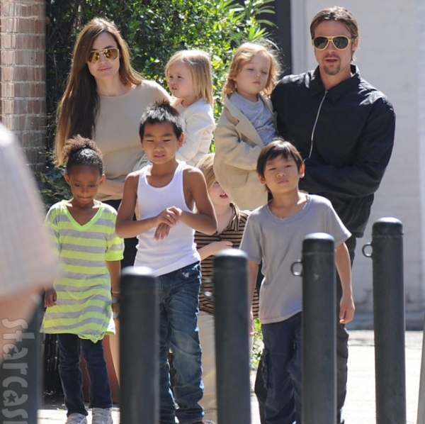 14 | Angelina Jolie – Brad Pitt 2
