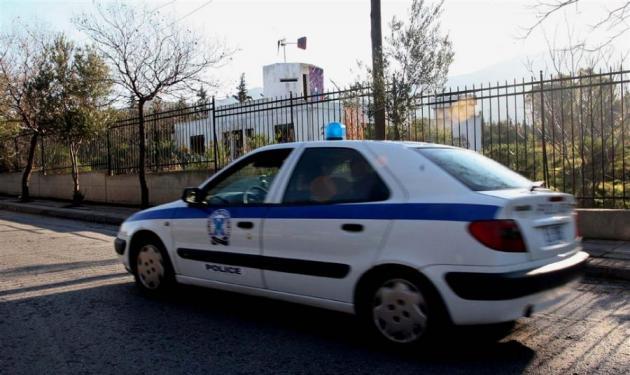 Γονείς χτύπησαν το ανήλικο παιδί τους και το εγκατέλειψαν αβοήθητο!   tlife.gr