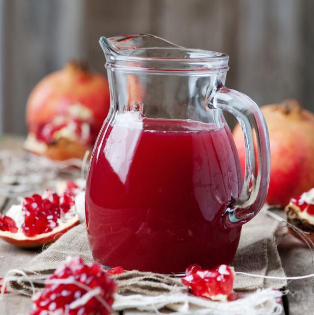 Χυμός ρόδι με μήλο και ηλιόσπορους