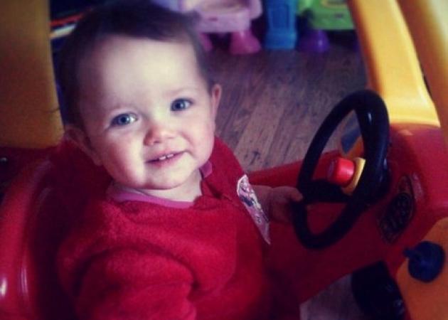 Εξελίξεις στο θάνατο της μικρής Poppi: Αγνόησαν τα σημάδια βιασμού από τον πατέρα της οι αρχές | tlife.gr