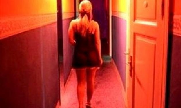 Σάλος με τη σύλληψη αλλοδαπής για πορνεία στην Αθήνα | tlife.gr