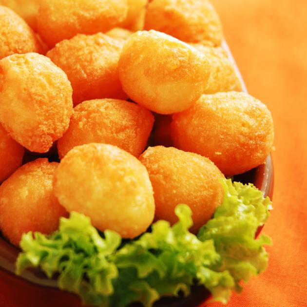 Κροκέτες πατάτας με τυρί και θυμάρι