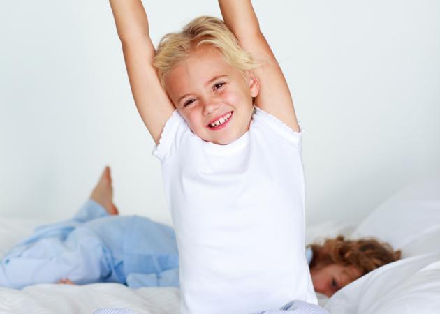 Πώς να κάνεις το παιδί να ξυπνάει το πρωί μετά τις διακοπές! | tlife.gr