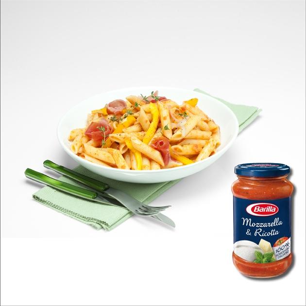 Πέννες με προσούτο με σάλτσα Mozzarella και Ricotta