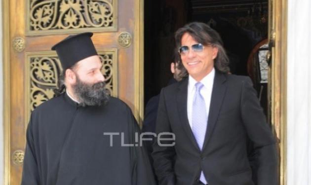 Ο Ηλίας Ψινάκης στηρίζει τον Αρχιεπίσκοπο! | tlife.gr