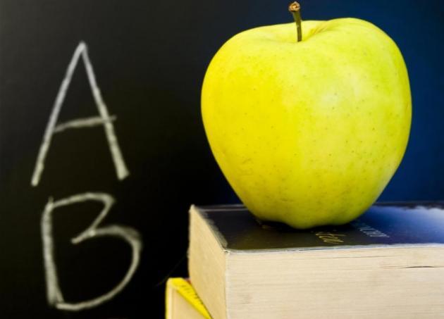 Quiz: Μήλο ή ένα ποτήρι γάλα; | tlife.gr