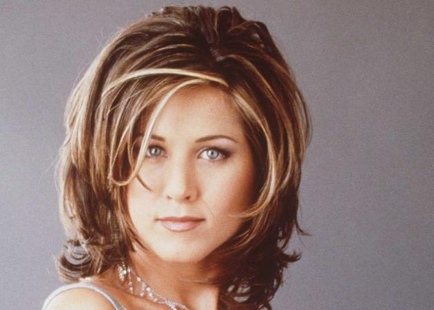 Δεν θα πιστεύεις πόσο χρόνο πήρε να ολοκληρωθεί το διάσημο… The Rachel hair look! | tlife.gr
