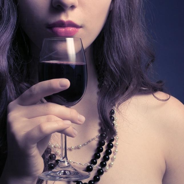 Παράφαγες; Ένα ποτήρι κρασί αρκεί για άμεση ανακούφιση…