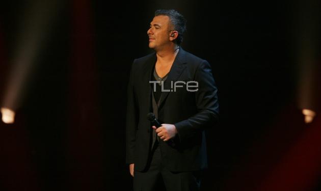 Έτοιμος να ξεσηκώσει την Πάρο με τα τραγούδια του ο Αντώνης Ρέμος! | tlife.gr