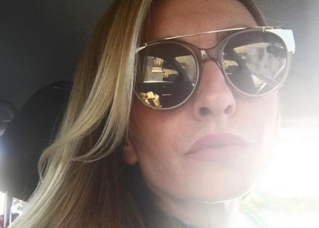 Ρούλα Ρέβη: Έβαψε τα μαλλιά της στο Νικόλα Βιλλιώτη! | tlife.gr