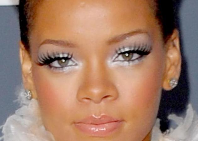 Rihanna: έτσι θα μακιγιαριστείς σε αυτή τη συναυλία!