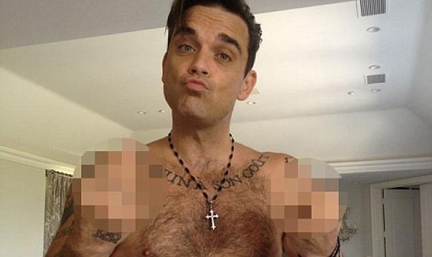 Tι τσάντισε τον Robbie Williams και ανέβασε φωτογραφία με απρεπή χειρονομία; | tlife.gr