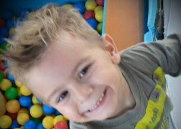 Ρόδος: Πέθανε στην αγκαλιά της μητέρας του ο 6χρονος Άγγελος – Σπαραγμός για το αγγελούδι με την πονεμένη ιστορία [pic]! | tlife.gr