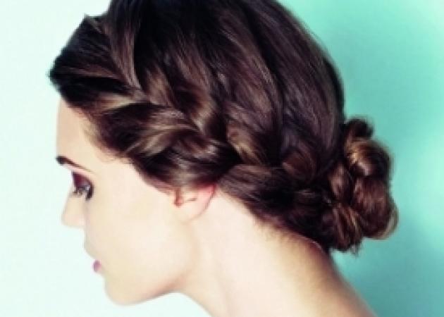 Πώς να κάνεις το ρομαντικό χτένισμα πασπαρτού για ίσια, σγουρά και σπαστά μαλλιά! | tlife.gr