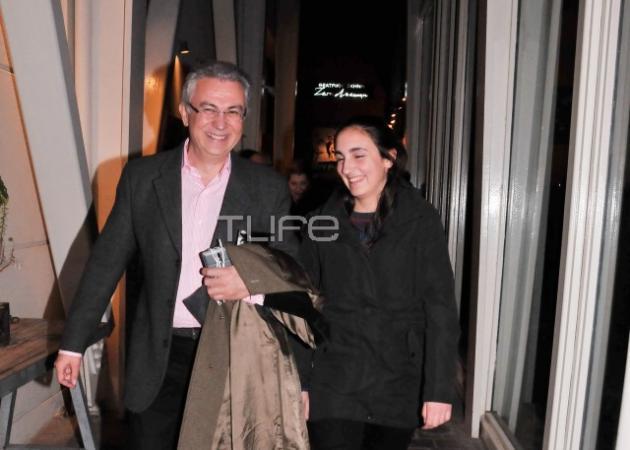 Θοδωρής Ρουσόπουλος: Βόλτα με την κόρη του Άννα! Φωτογραφίες