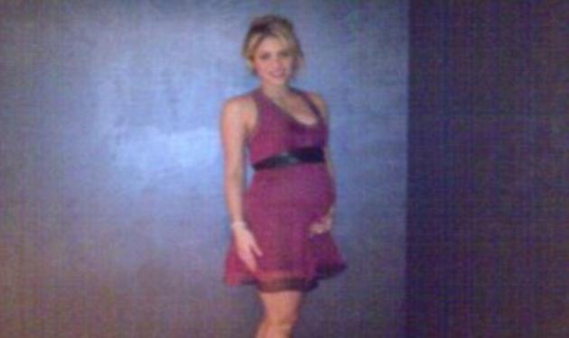 Δες την πρώτη φωτογραφία της Shakira με φουσκωμένη κοιλίτσα!