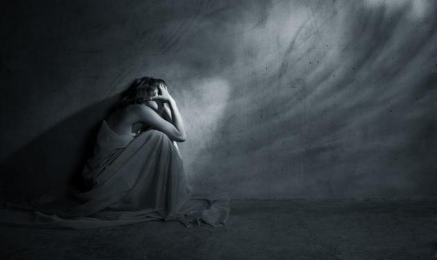 Η μαρτυρία της 15χρονης που την εξέδιδαν οι γονείς της! | tlife.gr