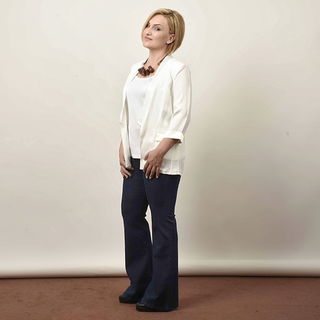 4 | Το λευκό σακάκι