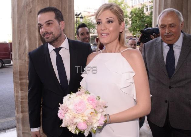 Γαβριήλ Σακελλαρίδης – Ράνια Τζίμα: Παντρεύτηκαν με πολιτικό γάμο! Φωτογραφίες