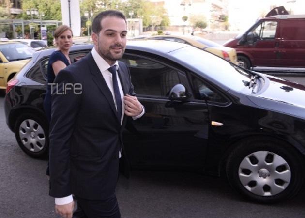 Γαβριήλ Σακελλαρίδης: Το ζεϊμπέκικο που χόρεψε στο γαμήλιο γλέντι με την Ράνια Τζίμα να τον καμαρώνει! Βίντεο