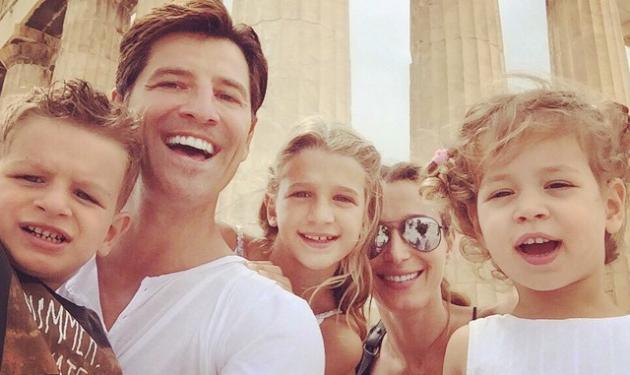 Σύσσωμη η οικογένεια Ρουβά στην Ακρόπολη | tlife.gr