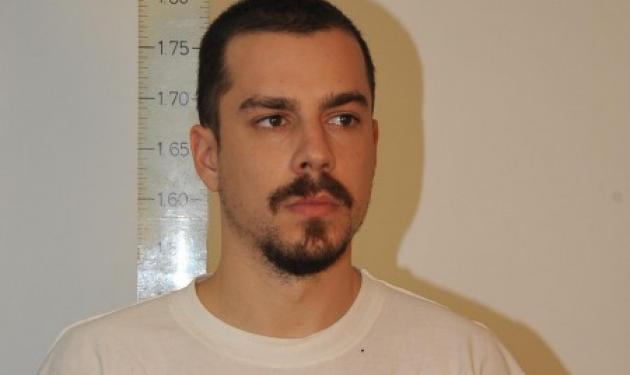 Η Αντιτρομοκρατική συνέλαβε τον Κώστα Σακκά – Αποτυπώματά του βρέθηκαν σε υπολείμματα βομβών σε γιάφκα   tlife.gr