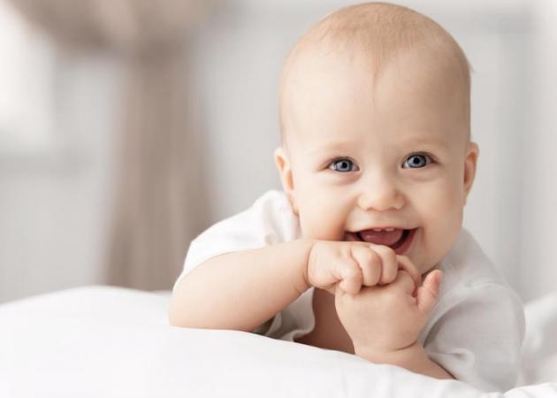 Γιατί το μωρό μου έχει τόσα… σάλια; Ο παιδίατρος εξηγεί!