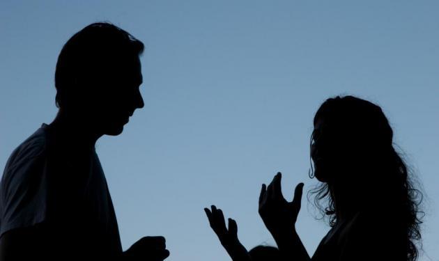 Διάσημο ζευγάρι βρέθηκε στο Α.Τ Εκάλης μετά από έντονο καβγά!   tlife.gr