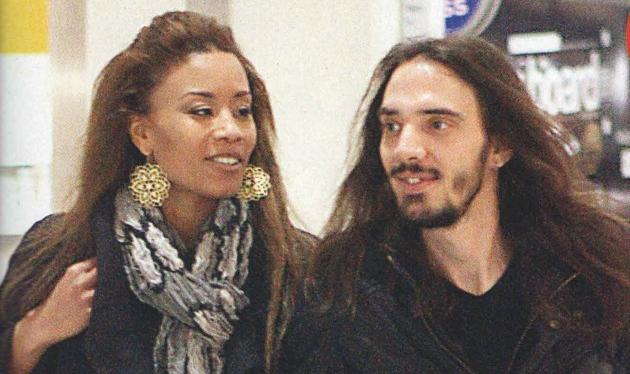 Shaya: Από τη Ρώμη στα Χανιά με τον νέο της σύντροφο κοντά της!
