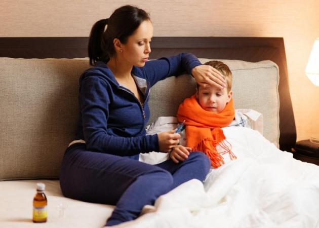 Νέες εξελίξεις για τη γρίπη! Ο Δρ. Μαζάνης συμβουλεύει τους γονείς!