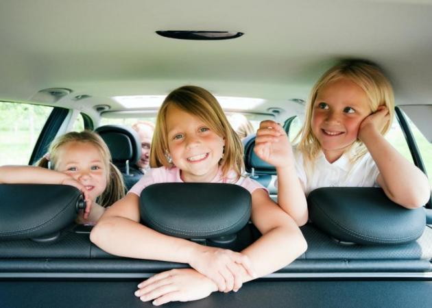 Πάτε ταξίδι με το αυτοκίνητο; Πώς θα διασκεδάσεις τα παιδιά;   tlife.gr