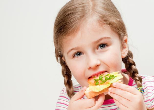 Τι πρέπει να τρώνε οι μικροί μαθητές;