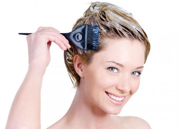 Tips για την βαφή μαλλιών στο σπίτι και πώς θα διαλέξεις το χρώμα που σου πάει! | tlife.gr