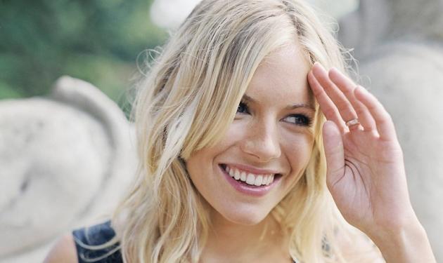 Το νέο πρόσωπο της Piaget η Sienna Miller | tlife.gr
