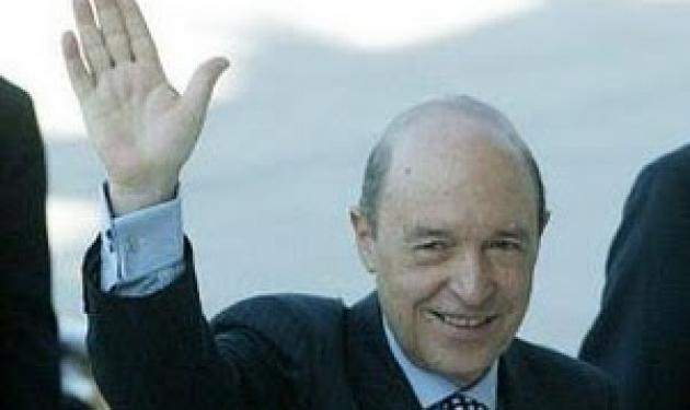 Γλίτωσε από επίθεση ο πρώην πρωθυπουργός Κώστας Σημίτης | tlife.gr