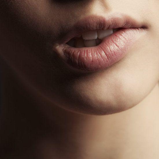 Brrr! Η πιο γρήγορη DIY συνταγή για τα σκασμένα χείλη! | tlife.gr