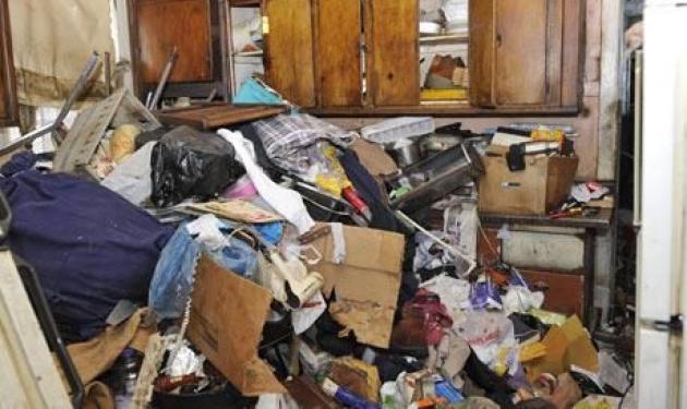 Ζευγάρι ήταν παγιδευμένο 3 εβδομάδες κάτω από σκουπίδια! | tlife.gr