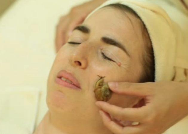 OMG! Θεραπεία με σαλιγκάρια που περπατάνε στο πρόσωπό σου!   tlife.gr