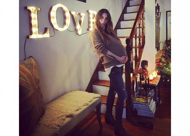 Γέννησε η Σοφία Καρβέλα! | tlife.gr