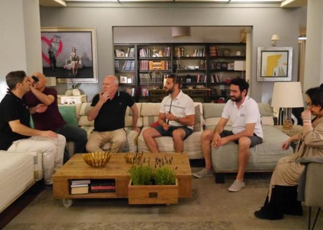 Το σόι: Έρχονται επισκέψεις στην οικογένεια Τριανταφύλλου! | tlife.gr