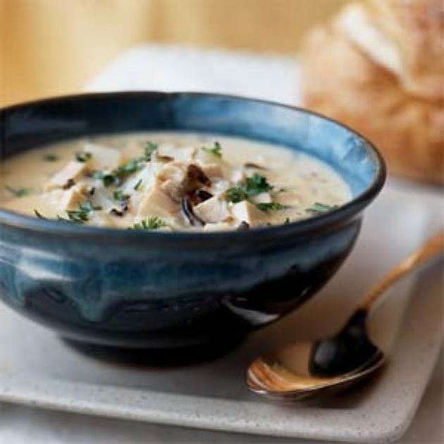 Κοτόσουπα με άγριο ρύζι, γάλα και πατάτα