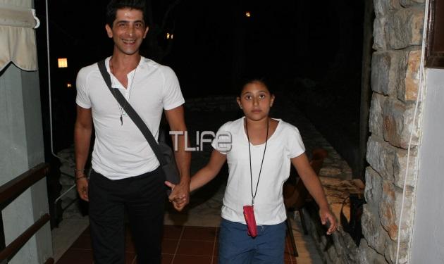 Ο Χρήστος Σπανός σε σπάνια έξοδο με την 10χρονη κόρη του! | tlife.gr