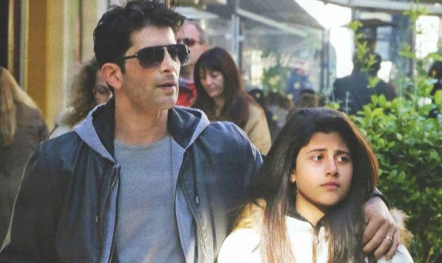Χρήστος Σπανός: Βόλτα με την κόρη του! | tlife.gr